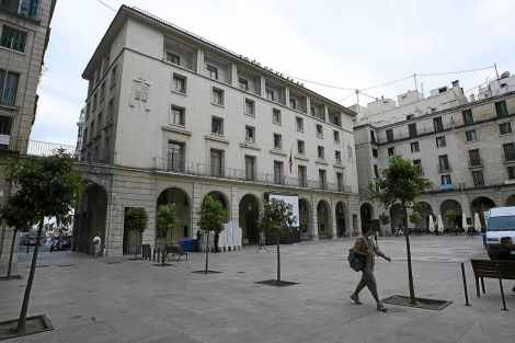 Condemnat a dos anys de presó per abusos sexuals al menor que tenia en acolliment en Alacant Successos