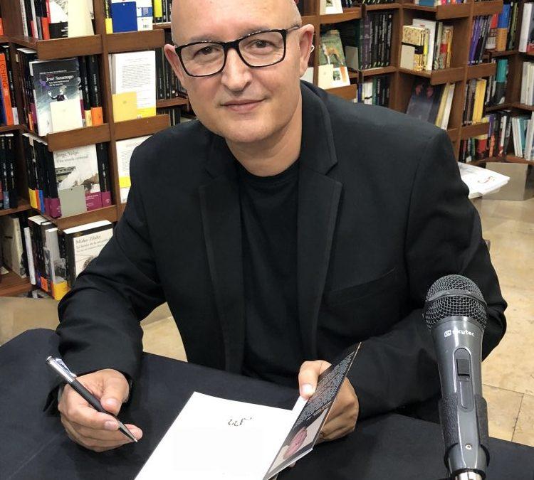 "L'escriptor monover Luis Barberà presenta la seua novel·la ""El Visigodo"" en la Fundación Paurides d'Elda Cultura"