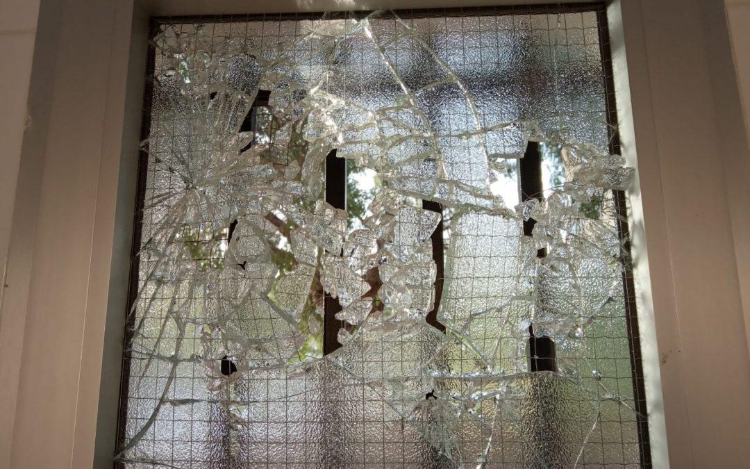 Nit d'actes vandàlics al Fondó de les Neus Successos - Fotonotícia