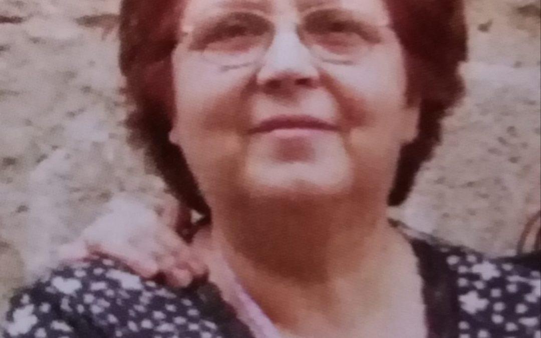 """Entrevistem a Carmen Pérez, autora del poemari """"A través de los cristales"""" Entrevistes LTR"""