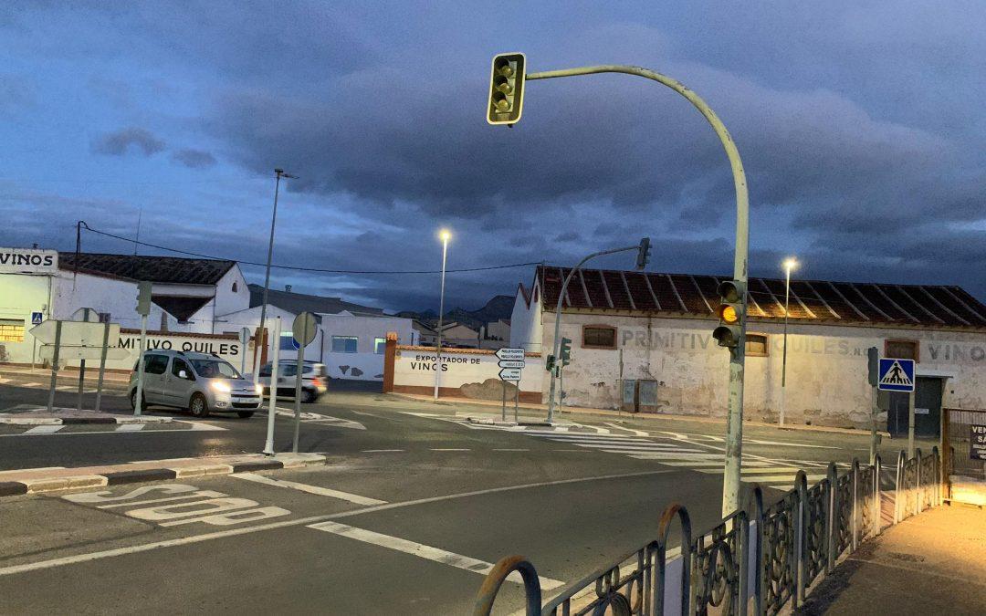 """El PP exigeix """"l'arranjament dels semàfors de l'entrada a Monòver després de 2 mesos sense funcionar"""" Monòver"""
