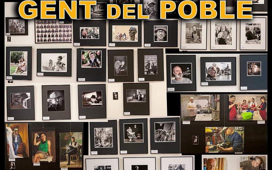 """El Grup Fotogràfic de Monòver organitza l'exposició """"Gent del poble"""" al Casino Cultura"""