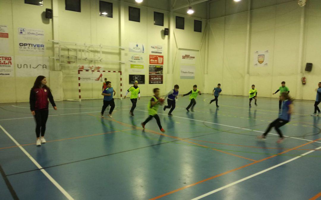 La Federació d'Handbol de la Comunitat Valenciana celebrarà dos partits dissabte a Monòver Esports