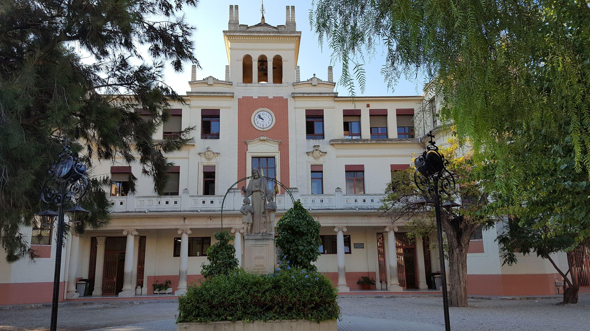 Tres alumnes del CEIP Cervantes, Premi al Rendiment Acadèmic en Educació Primària Col·legis