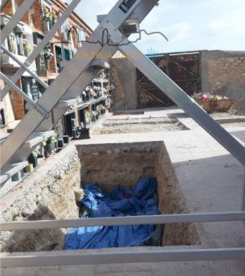 Continuen les tasques d'exhumació al Cementeri de Monòver Monòver